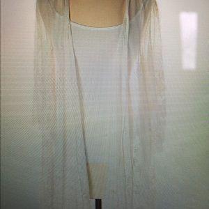 Kimono white